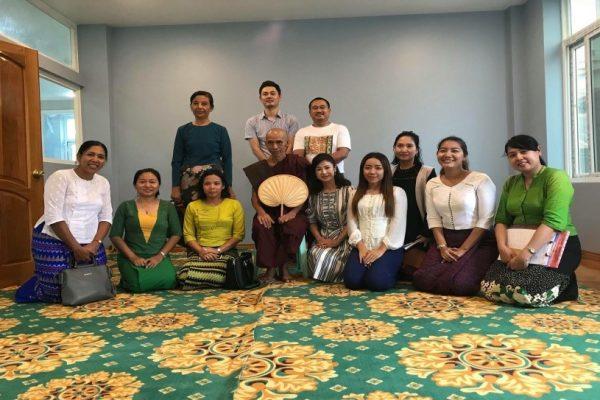 ミャンマーでおしん出演者が会見